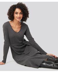 Trendyol Binding Detailed Midi Dress - Grau