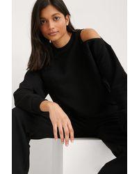 NA-KD Organisch Sweatshirt Met Uitgesneden Hals - Zwart