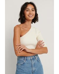 NA-KD Offwhite One Shoulder Knitted Top