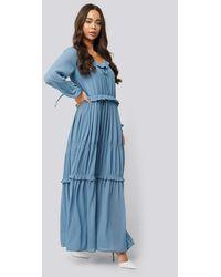 NA-KD Multi Frill Flowy Dress - Blauw
