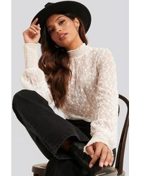 NA-KD Embroidery Smock Blouse - Wit