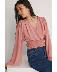 NA-KD Reborn Recycelt Weite Bluse Mit Kitteltaille - Pink