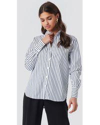 NA-KD Classic Wide Collar Striped Shirt - Blau