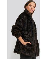NA-KD Drawstring Faux Fur Jacket - Bruin