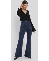 NA-KD High Waist Front Seam Flare Jeans - Blauw