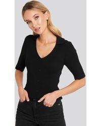 NA-KD Ribbed Knitted Buttoned Top - Schwarz