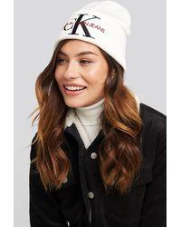 Calvin Klein J Basic Women Knitted Beanie Hat - Wit