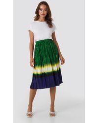 NA-KD Tie Dye Print Pleated Midi Skirt - Groen