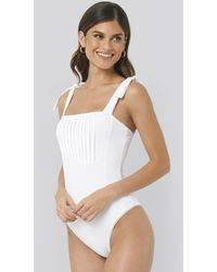 NA-KD Structured Tie Shoulder Swimsuit - Wit