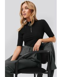 NA-KD Ribbed High Neck Top - Zwart