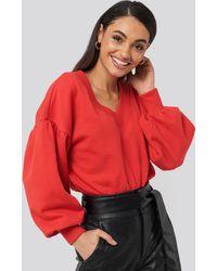 NA-KD Puff Sleeve V-neck Sweatshirt - Rood