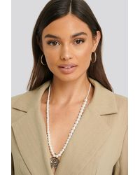 NA-KD Uneven Long Pearl Necklace - Blanc