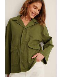 NA-KD Trend Recycelt Jeansjacke Mit Patch-Tasche - Grün