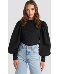 NA-KD Trend Puff Sleeve Fitted Top - Schwarz