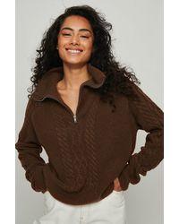 NA-KD Trend Kabelgebreide Sweater Met Halve Rits - Bruin