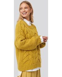 NA-KD Trend Wool Blend Round Neck Heavy Knitted Cable Sweater - Geel