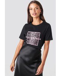 NA-KD Strong And Fierce T-shirt - Zwart