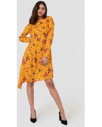 NA-KD Asymmetric Long Sleeve Frill Dress - Orange
