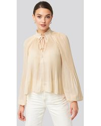 NA-KD - Trend Tie Neck Pleated Blouse - Lyst