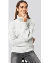 NA-KD Ribbed Knitted Turtleneck Sweater - Grijs