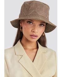 NA-KD Emilie Briting x Checked Bucket Hat - Braun