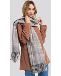 NA-KD Accessories Checked Soft Scarf - Mehrfarbig