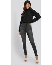 NA-KD Fake Pocket Skinny Jeans - Grau