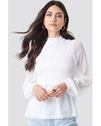 NA-KD Boho Shirred High Neck Blouse - Weiß