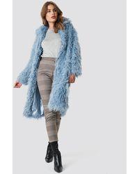 NA-KD Faux Fur Long Jacket - Blauw