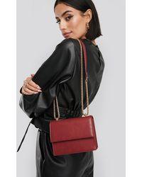 NA-KD Accessories Mini Chain Detail Flap Bag - Rot
