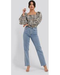 NA-KD Straight High Waist Jeans - Blauw