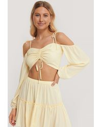 NA-KD Offwhite Tie Detail Cropped Top - Natural