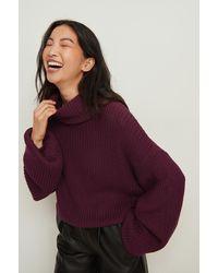 NA-KD Organische En Korte Gebreide Sweater Met Een Coltrui - Paars