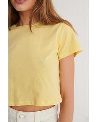 Trendyol Cropped T-shirt - Geel