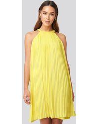 Trendyol Mini Pleated Detail Dress - Geel