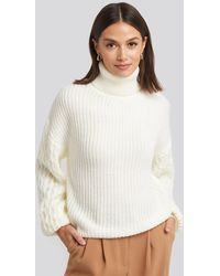 NA-KD Sleeve Detailed Knitted Polo Sweater - Wit