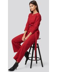 NA-KD Belted Waist Detail Jumpsuit - Rood