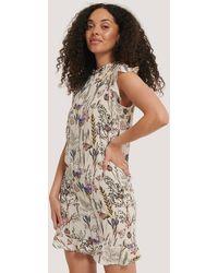 NA-KD Trend Ruffle Floral Mini Dress - Mehrfarbig