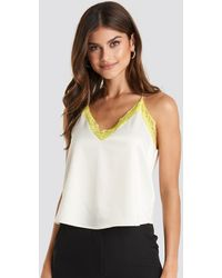 NA-KD Trend Contrast Lace Satin Cami Top - Mehrfarbig
