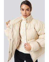 NA-KD Elastic Detail Puffer Jacket - Naturel