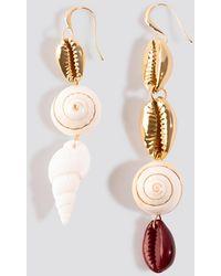 Mango Capri Earrings - Metallic