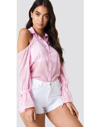 NA-KD Flounce Sleeve Cold Shoulder Shirt Pink