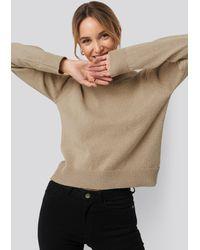 NA-KD Pamela x Reborn High Neck Sweater - Natur