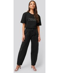 NA-KD Black Front Dart Slouchy Jeans - Grey