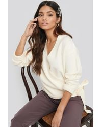 NA-KD Overlap Tied Knitted Sweater - Wit