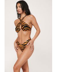 Nasty Gal Bikini Haut Bustier À Armature & Bas String À Imprimé Tigre - Orange