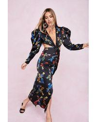Nasty Gal Dressing Gown Longue Fleurie À Épaulettes Bouffantes Et Découpes - Noir