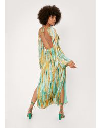 Nasty Gal Abstract Cut Out Tie Back Maxi Dress - Vert