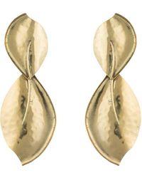Natori - Josie Brass Leaf Earrings - Lyst