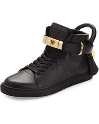 Buscemi - Women's Padlock and Key Pebbled Leather Sneaker - Lyst